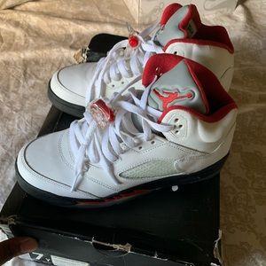 Retro Jordan 5s